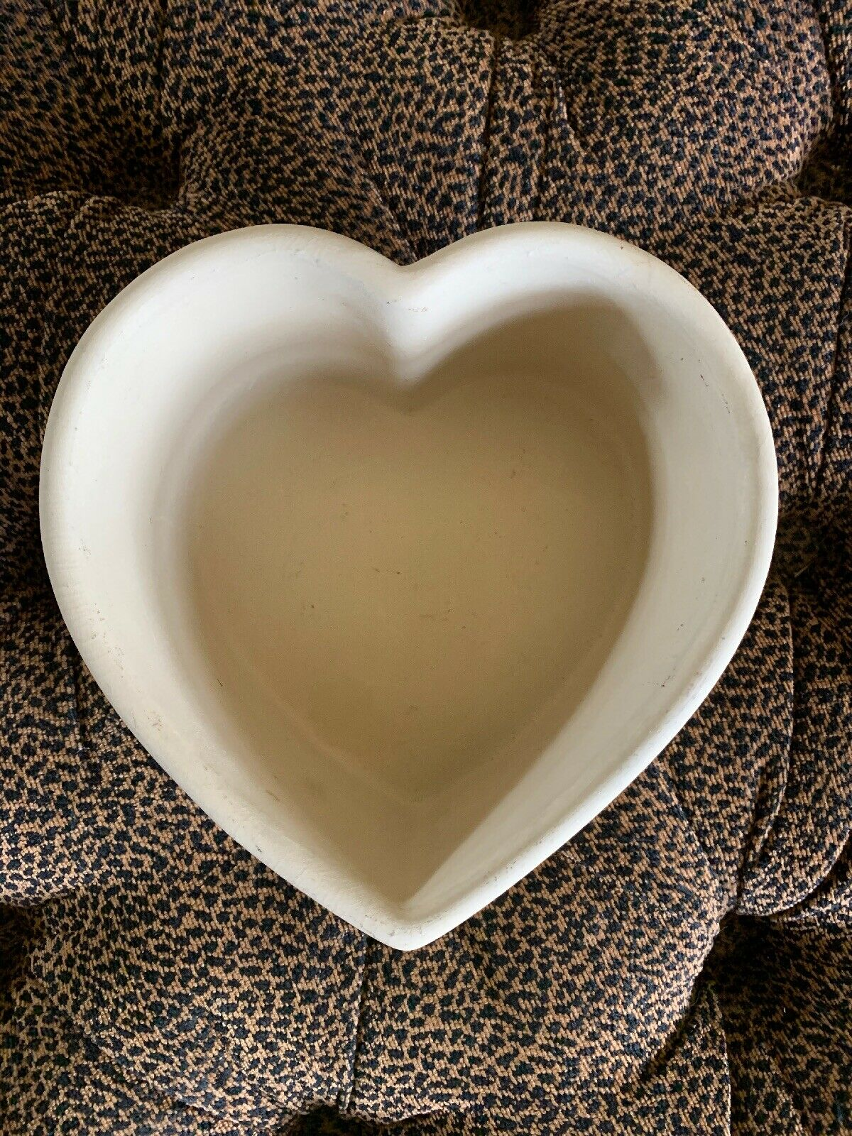 "Stoneware Baking  Stone Large Heart Pottery Pan Excellent 8"" By 3"" Deep New🌟"