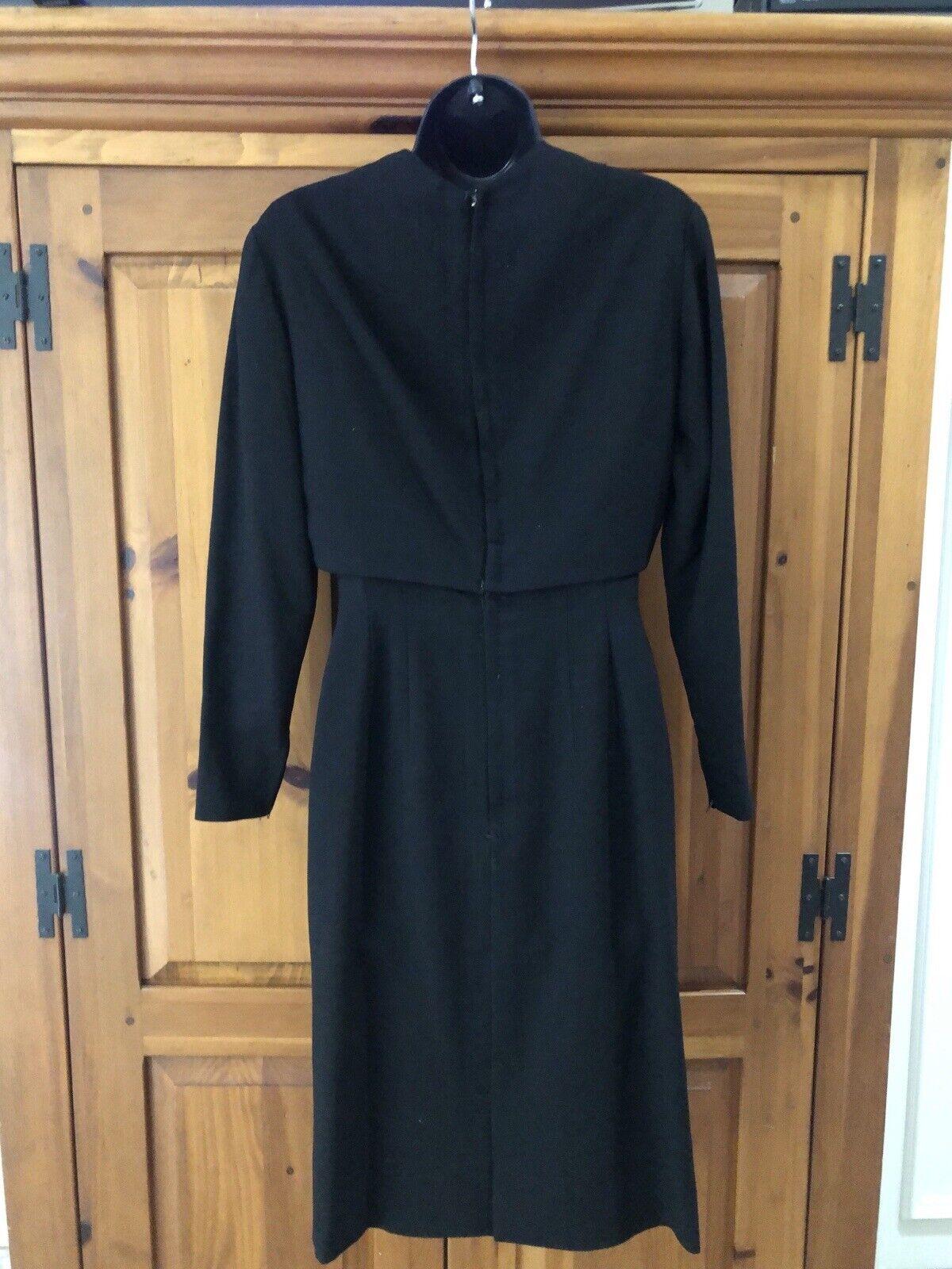 Travilla vintage 60s/70s black wool crepe dress s… - image 7