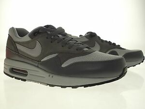 premium selection 32a90 82b1c Image is loading 537383-019-Nike-Men-Air-Max-1-Essential-