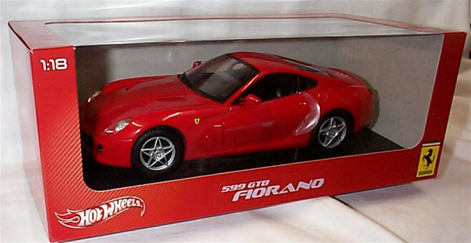 FERRARI 599 GTB Fiorano in rot Hotwheels 1 18 new in box P4398