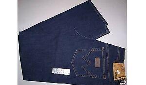 WRANGLER-jeans-color-Blu-stonewash-Texas-Stretch