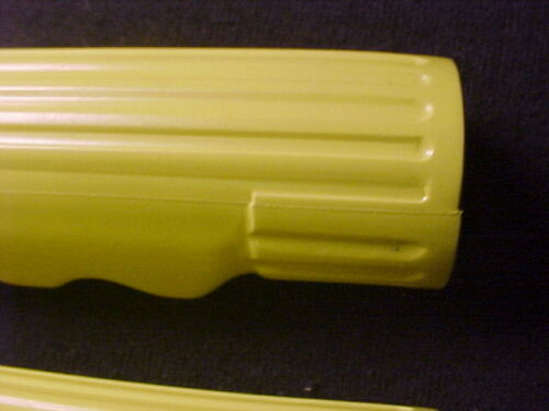 """colson amf elgin huffy nos Vintage Yellow tricycle grips 3//4/"""" id 3 1//2/"""" long"""