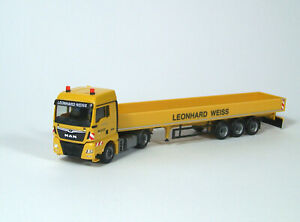 034-Leonard-Weiss-034-MAN-TGX-XlX-euro-6c-con-tablillas-hummer-Herpa-1-87
