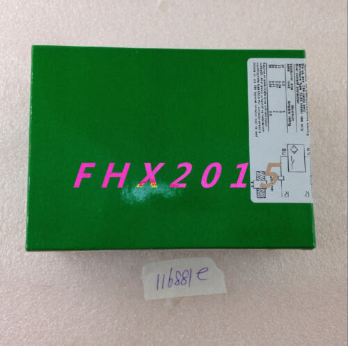 Schneider Proximity Sensor XS4P18MA230 NEW