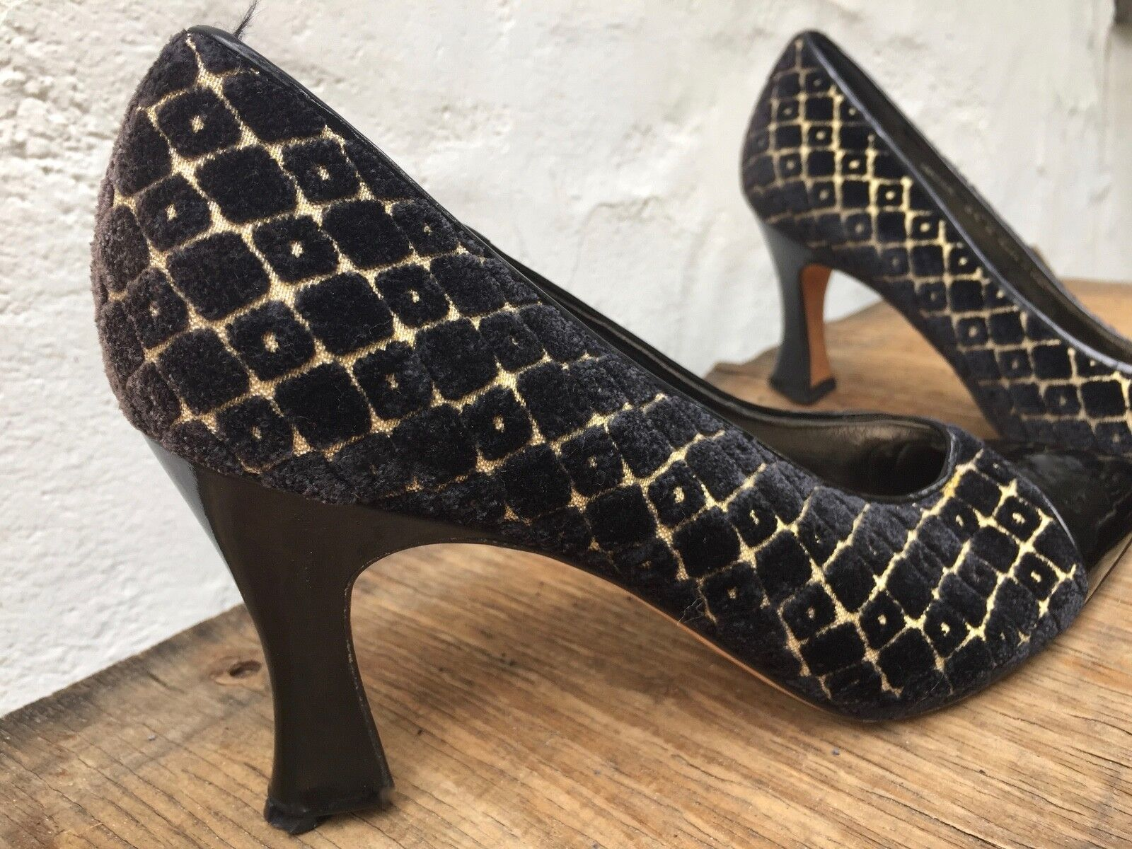 Vtg patent BALLY patent Vtg Leather & fabric Heel Classic Pumps Sz 8.5 N schwarz Gold  96080f