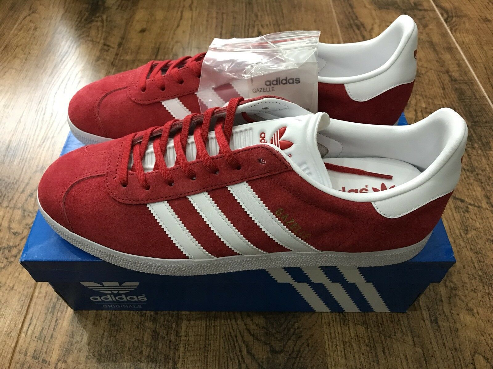 ADIDAS GAZELLE TRAINNERS UK 10.5 rot SUEDE LOW TOP Turnschuhe PLIM SOLE MENS schuhe