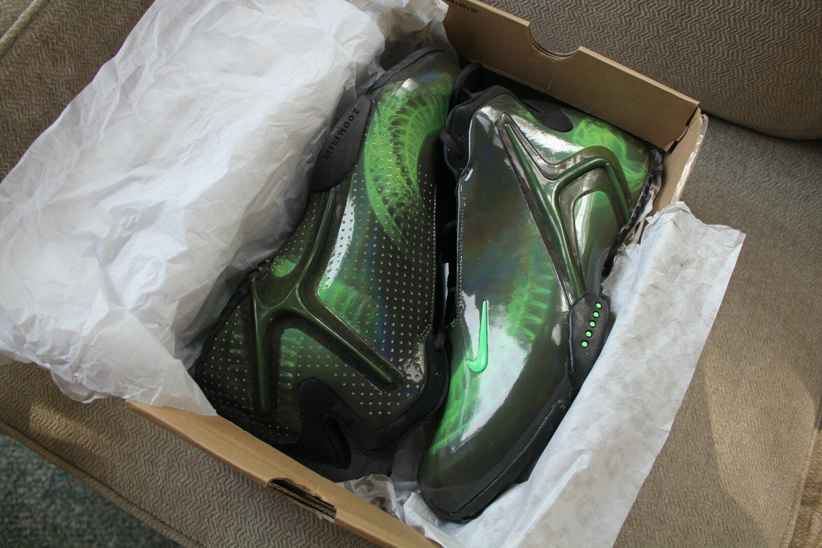 Brand New In The Box Nike Kobe Bryant Hyperflight Zoom Prm 587561-001 Size 13