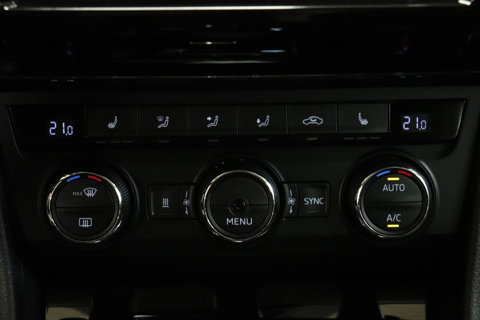 Skoda Superb 2,0 TDi 190 Style Combi DSG