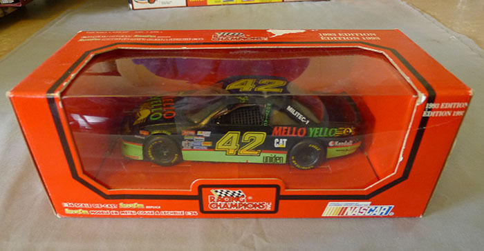Racing Champions 1993 Kyle Petty 1 24 Nascar Die Cast Car Mint With Box