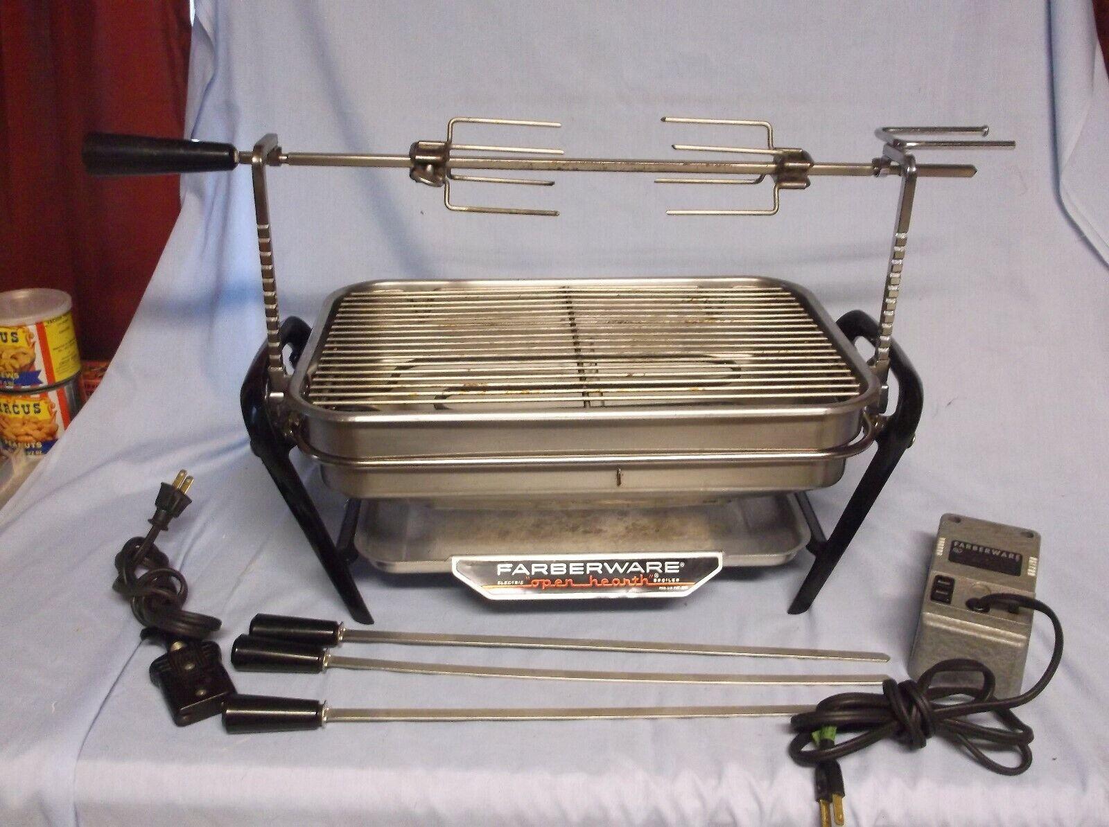 CouleurRWARE OPEN HEARTH Grill rougeissoire avec brochettes modèle 454 454-A Works