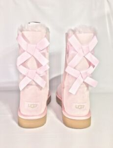 adb7fa88d6c Details about UGG BAILEY BOW II METALLIC SEASHELL PINK SUEDE SHORT WINTER  BOOTS SIZE US 10 NEW