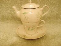 Whittard of Chelsea Tea for One Teapot Tea Cup & Saucer Rosa 2005 VGC