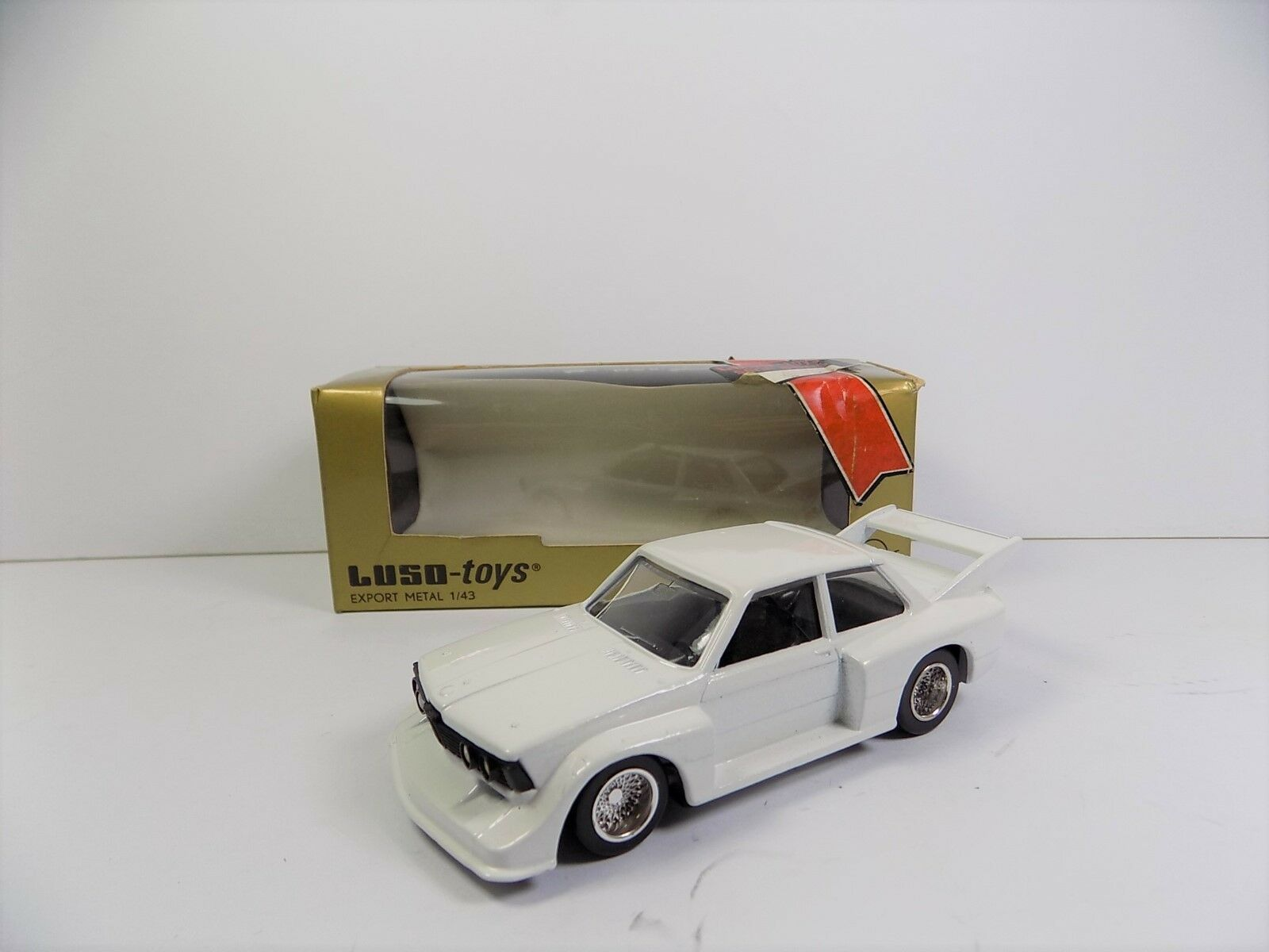 Luso toys BMW 320 Racing M.21 RARE Comme neuf boxed 1 43