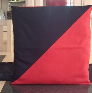 BLACK-AND-RED-DIAGONAL-DESIGN-COTTON-POLY-CUSHION-COVER