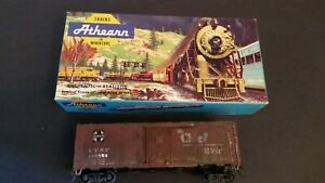 Athearn-HO-Scale-5016-ATSF-145554-San-Francisco-Chief-40-039-Box-Car-Kit-Train