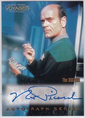 STAR TREK VOYAGER PROFILES A8 ROBERT PICARDO AS THE DOCTOR ...