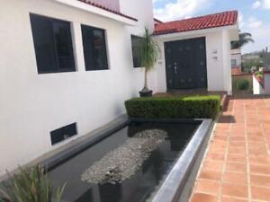 Casa en Renta en Villas del Mesón