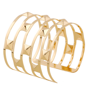 Fashion-Retro-Men-Women-Gold-Hollow-Out-Rivets-Punk-Bangle-Cuff-Wide-Bracelet