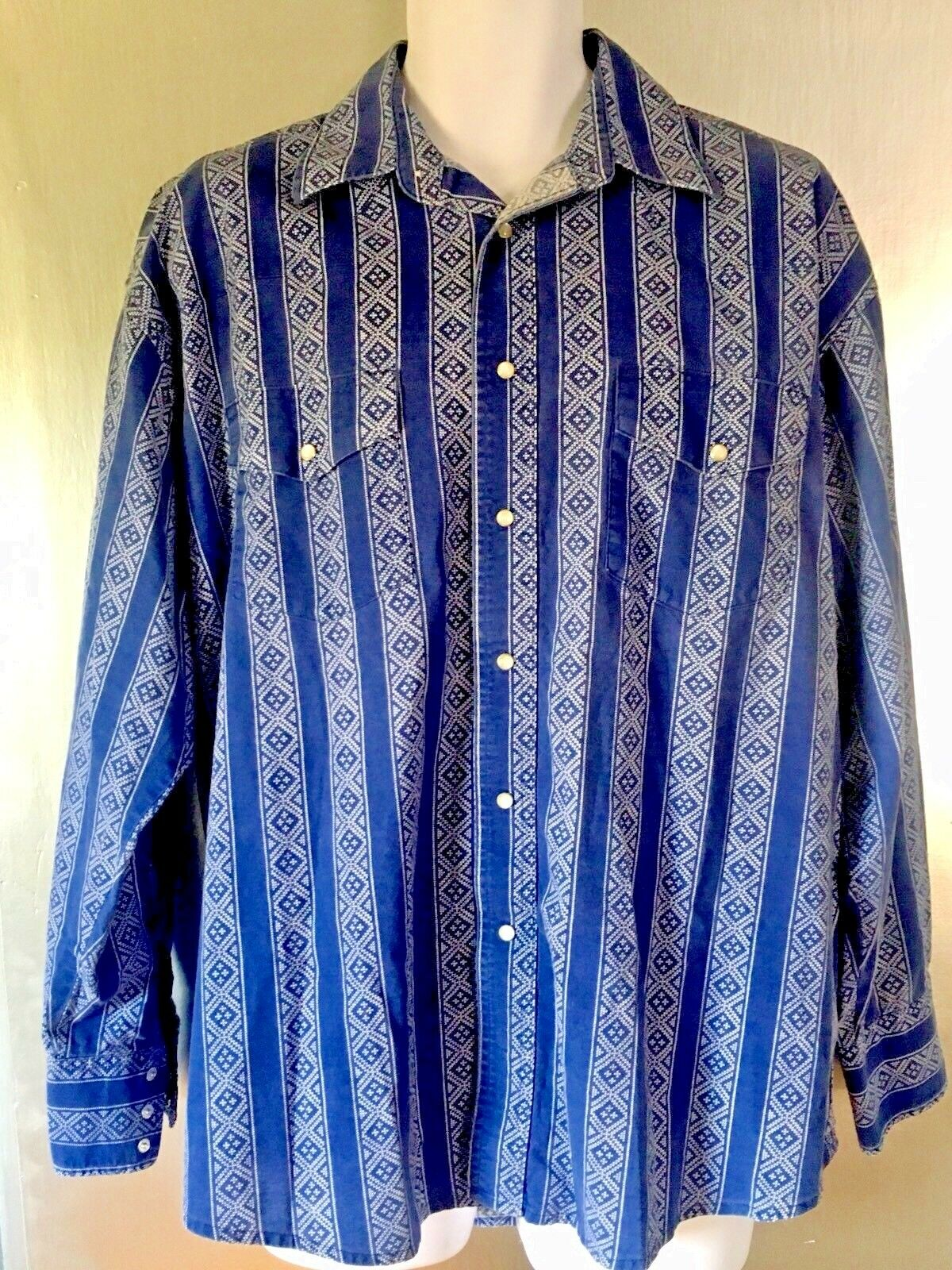 Vintage Wrangler Pearl Snap Shirt bluee Diamond Striped Western