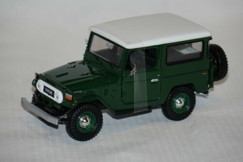 Toyota Land Cruiser FJ40 grün//weiß 1:24 Motormax neu /& OVP MM79323ptm