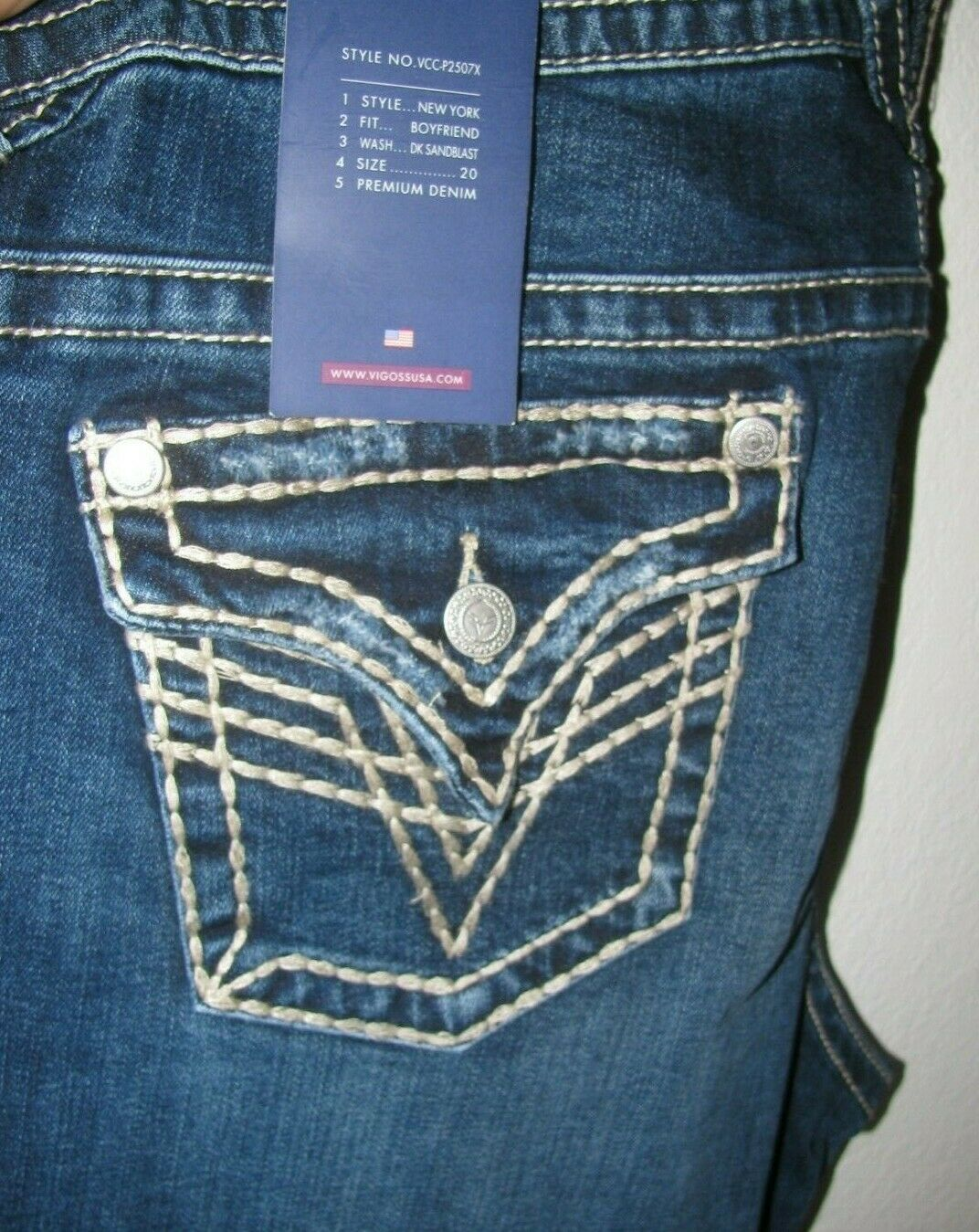 Vigoss New York Flap Distress Dark Boyfriend Stretch Jeans PLUS 20 28 20 30 NWT