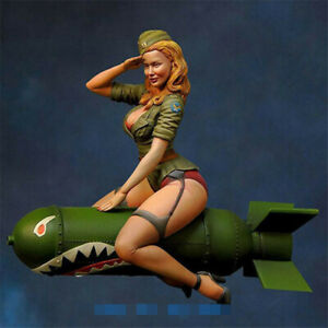 1-24-Resin-Kits-Female-Soldier-sitting-on-torpedo-Model-Figure-GK-Unpainted