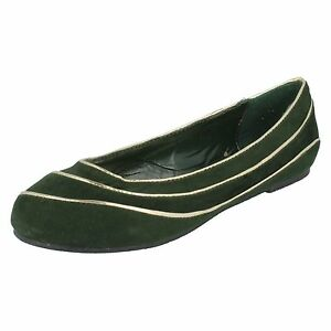 Damenschuhe r32a GroßZüGig Spot On F8r666 Ladies Green Faux Suede Ballerina Style Shoes