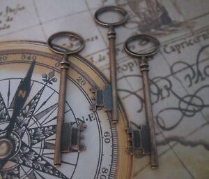3x-steampunk-antique-copper-skeleton-keys-wedding-vintage-pendants-charms-8cm-uk