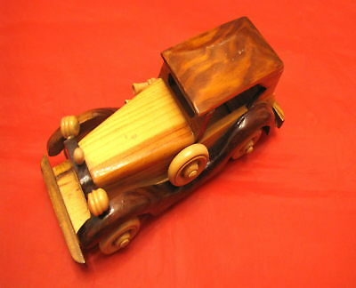 Leale Automobilina Automodello In Legno Massello Old Car Toy Wood Vintage Fatta A Mano Per Cancellare Il Fastidio E Per Estinguere La Sete