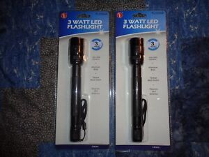 2-LED-Tactical-Flashlight-3-Watt-160-200-Lumen-Black-Aluminum-Body-7-034-Momentary
