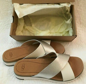 UGG-Australia-Women-039-s-Kari-Sandals-Slides-Leather-Silver-White-Flat-Sz-6-10-NIB