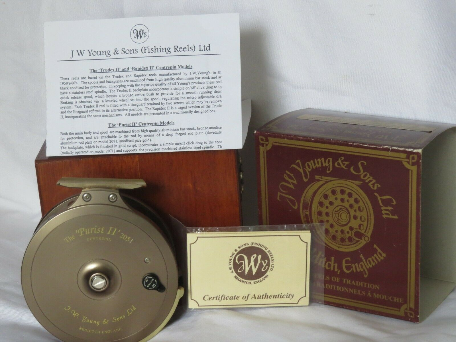 JW Young & SONS Purista 11 2051 2051 2051 Centrepin Reel in scatola con documenti non utilizzato aa2