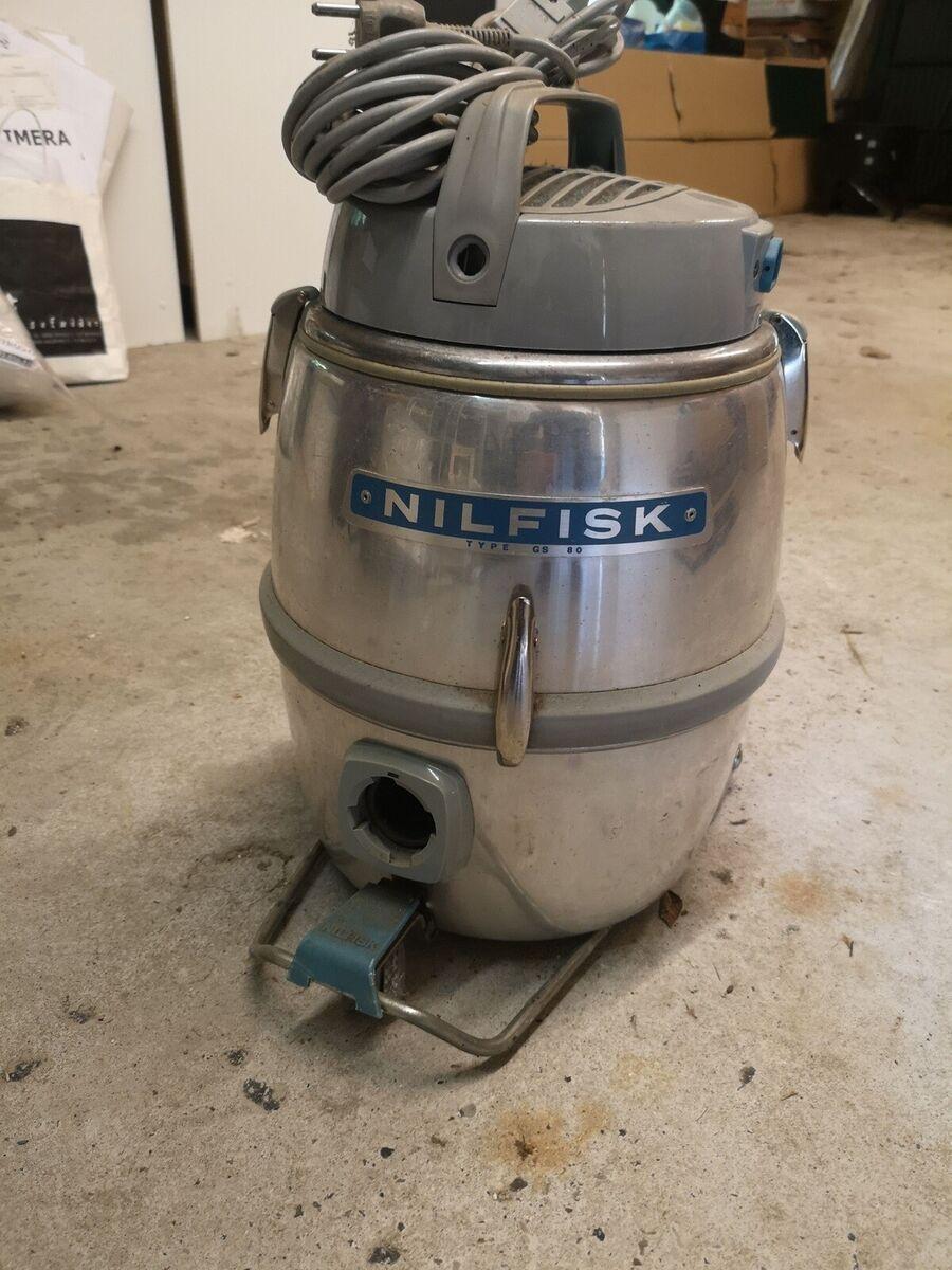 Støvsuger, Nilfisk GS 80, 700 watt, 2 stk flotte retro st