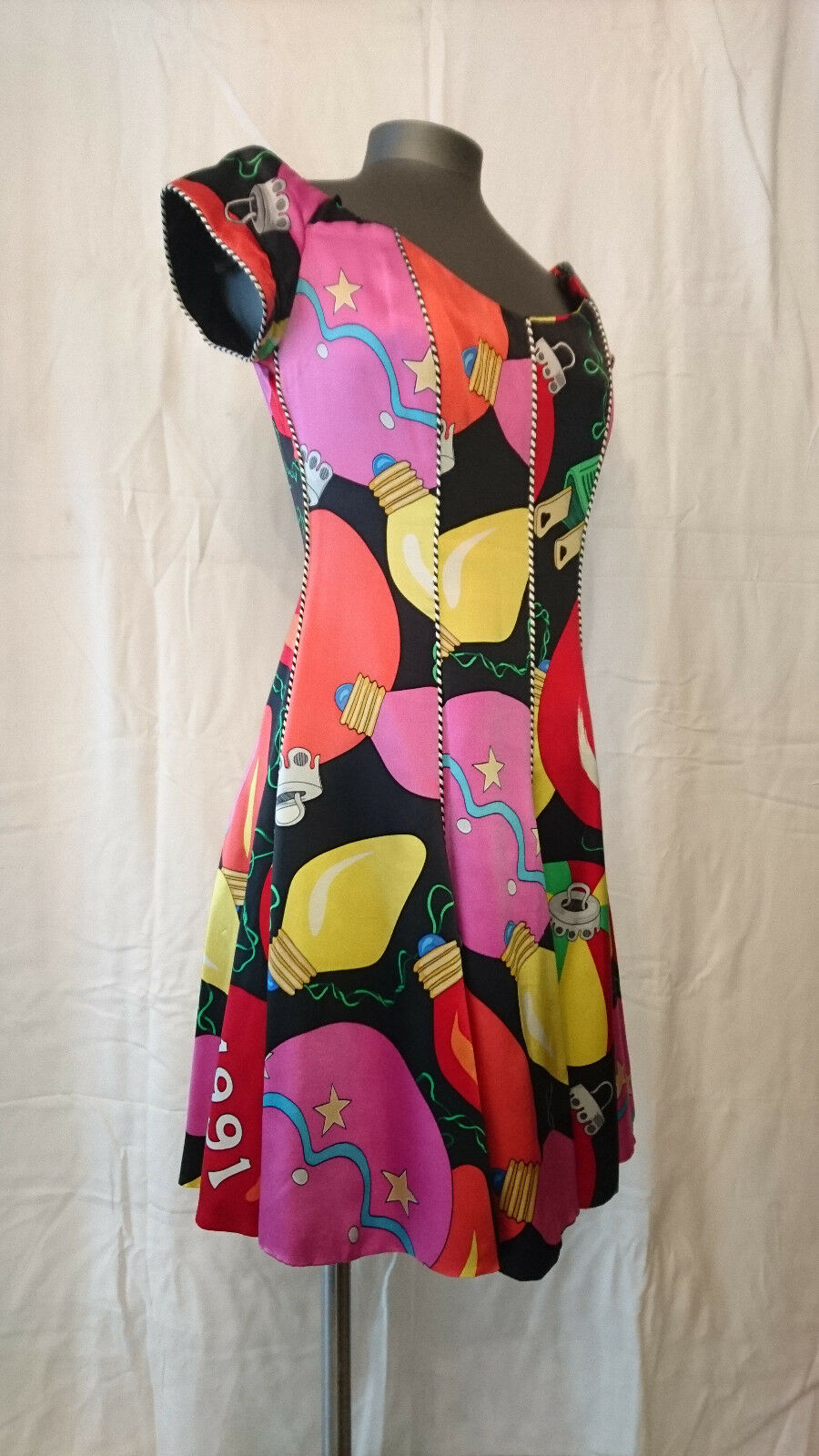 Dress Fashion (flares) patterns multicolord    NICOLE MILLER Paris  T. 36 19be49