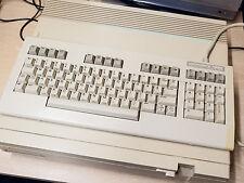 Commodore 128D Vintage equipo probada completamente funcional.