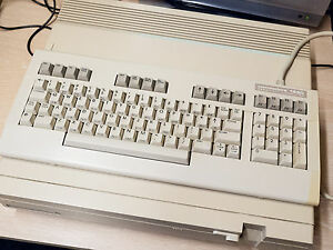 Commodore-128D-Vintage-Computer-Tested-fully-working
