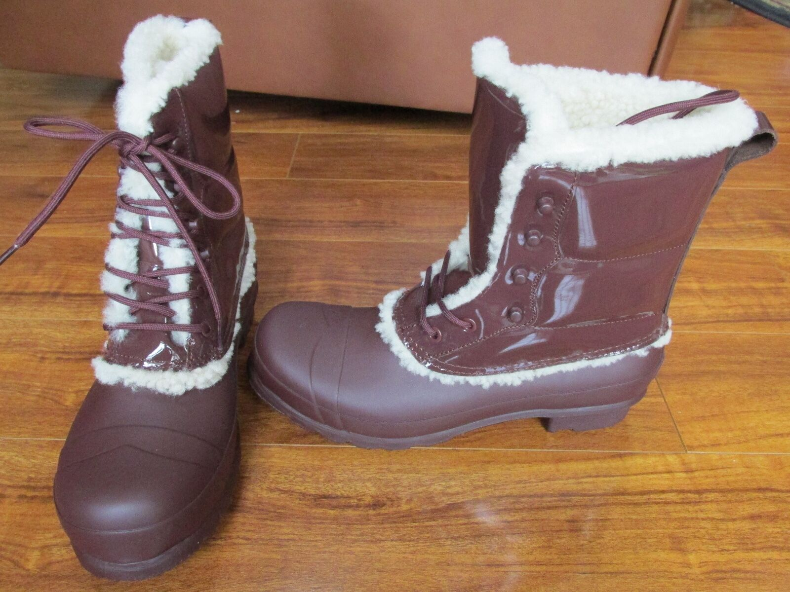 NEW HUNTER Original Patent Leather Lace Up Shearling Lined Rain Boots WOMENS 10