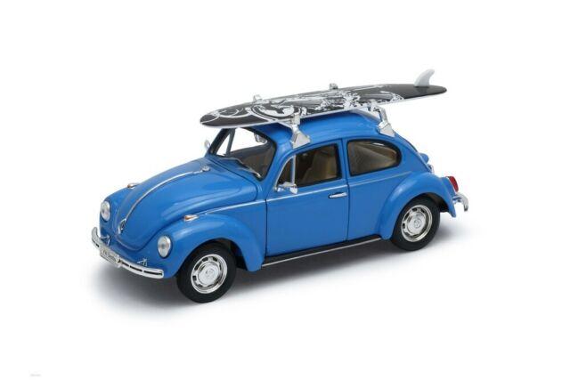 Volkswagen Coccinelle bleu avec surf sur le toit 1965 1/24 Welly