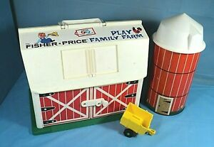 Fisher-Price-1967-Play-Family-Farm-Barn-915-With-Silo-And-Cart