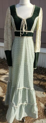 Rare Vintage 1970s Gunne Sax Midi Dress green velv