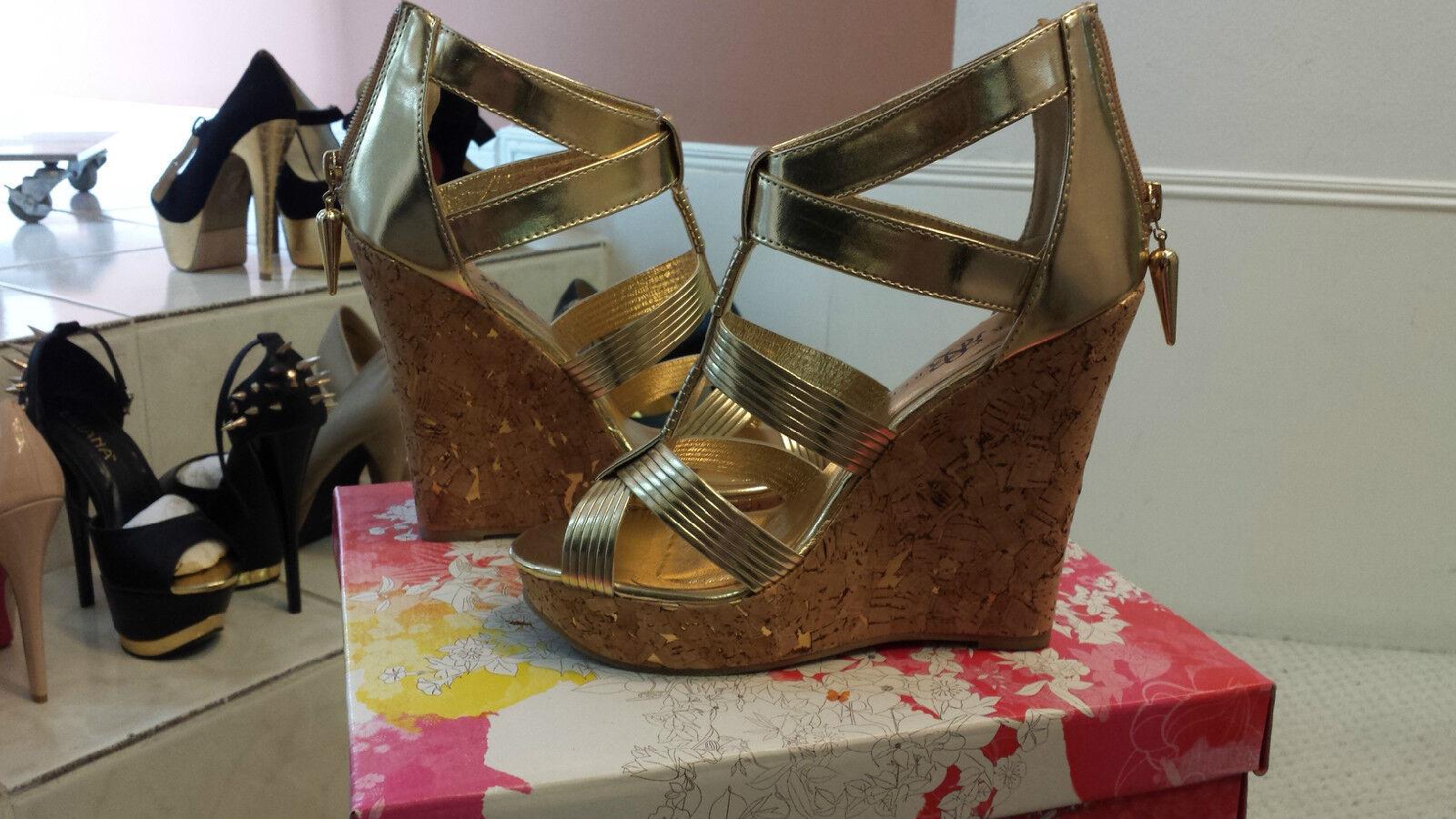 ROCK & REPUBLIC WEDGE Günstige und gute Schuhe