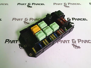 range rover l322 original rear right fuse relay box. Black Bedroom Furniture Sets. Home Design Ideas