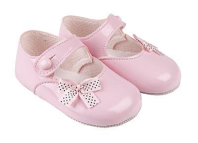 Barra de Bebé Niñas Cochecito Zapatos con Corazón Crema Negro Y Rosa