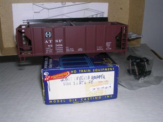 MDC Roundhouse #1464 Santa-Fe A.T.S.F. Covered Hopper Car #82968  Kit w/Tks 1/87
