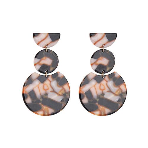 2 Couleurs Fashion Kiss me exquis Résine simple classique Dangle Earrings ed00860c