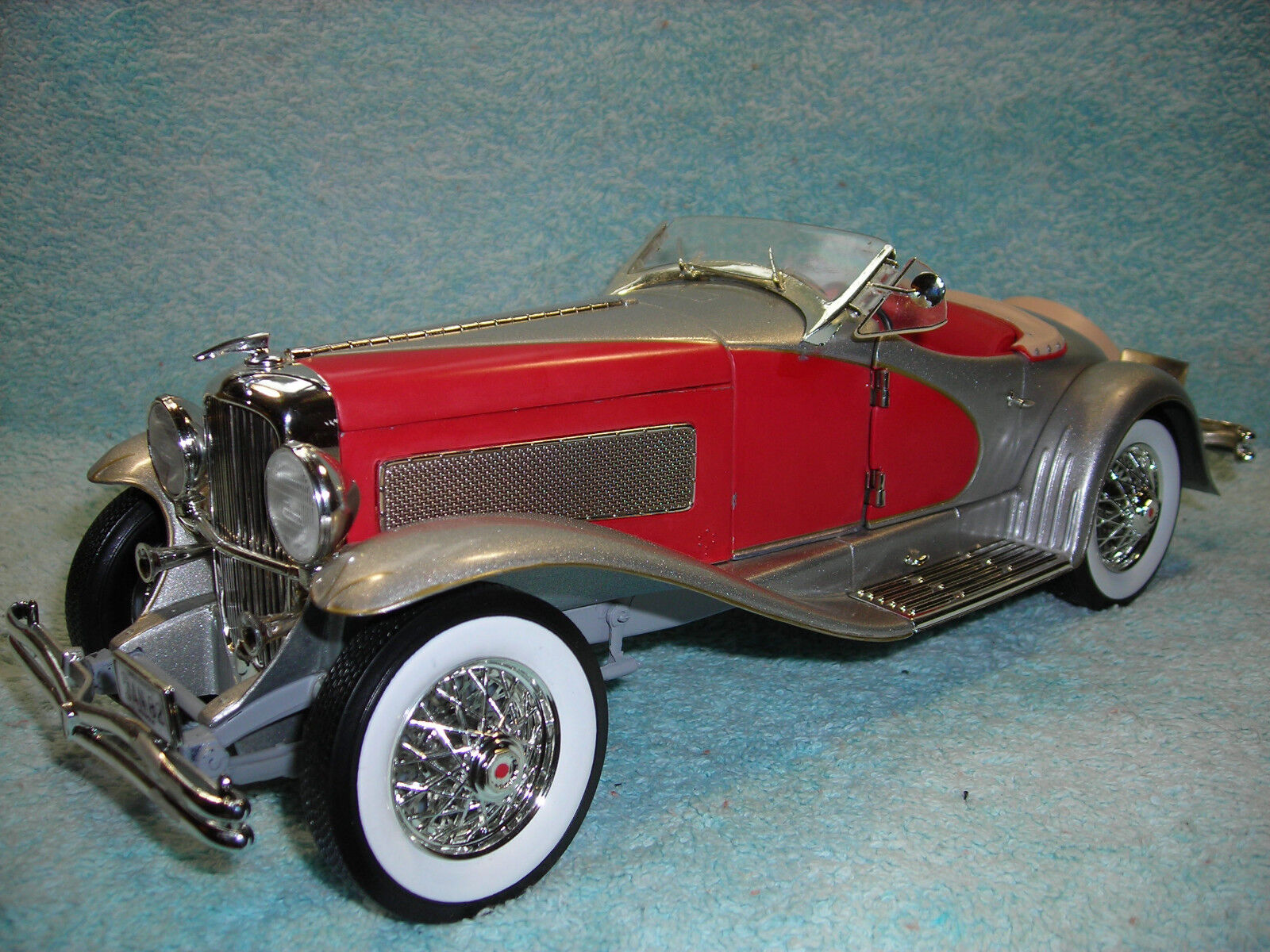 te hará satisfecho 1 18 1935 1935 1935 Duesenburg SSJ Tostador en rojo \ plata por ERTL American Muscle ninguna caja.  autorización