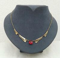 Antikes Collier aus Gold Double mit roten Stein