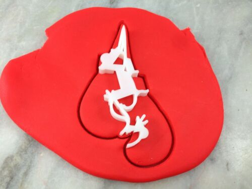 Boxing Gloves Cookie Cutter 2-Piece Outline /& Stamp Fighter Sports Martial Arts