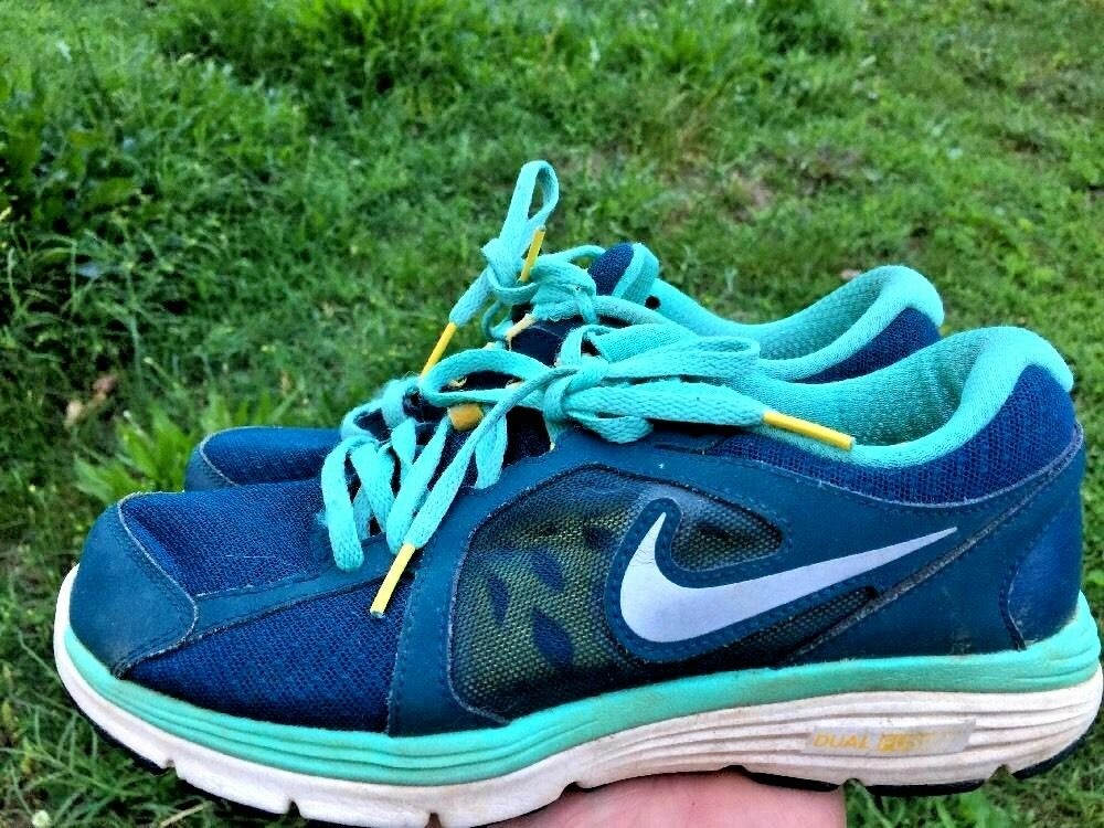 SHOE SALE @ NIKE LIVESTRONG Lance Armstrong Running Athletic Womens shoes Size 7