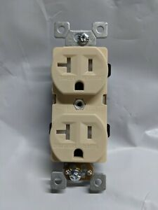 *NEW* Standard Duplex Receptacles 20 Amp Tamper Resistant 20A White 10 pc